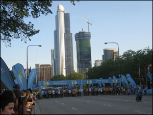 image:Chase Corporate Challenge start line
