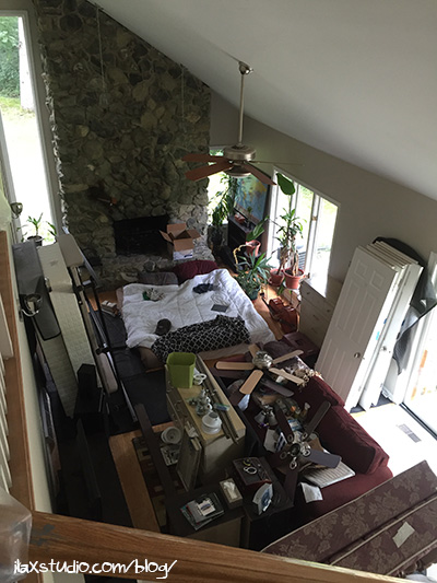 160821messylivingroom